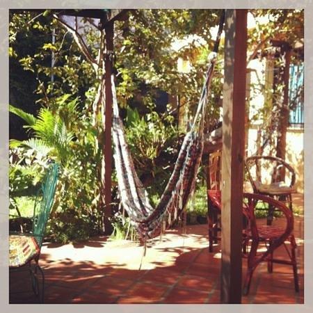 Hostal El Jardin : hammock in the garden