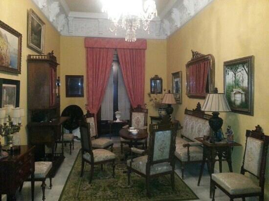 Casa San Jose: sala de estar al lado de nuestra habitacion