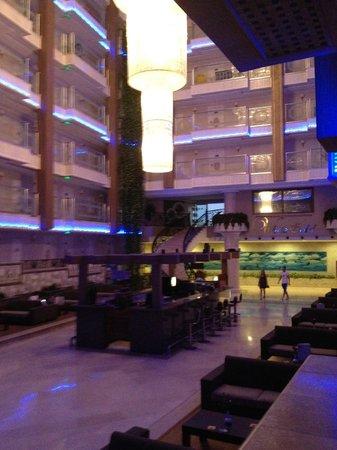 White Gold Hotel & Spa: Inne i hotellet