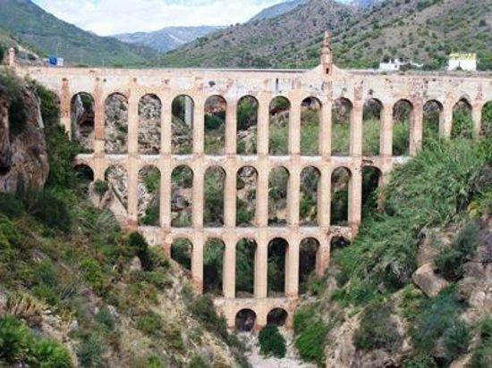 Acueducto del Águila: Der Aquädukt