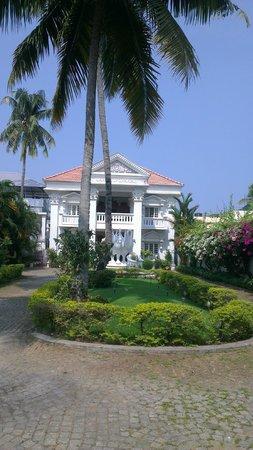 Chackupurakal : the beautiful entrance