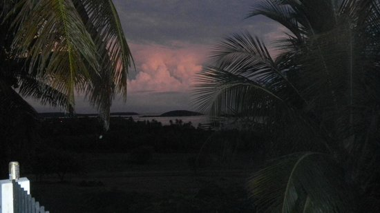 Hacienda Tamarindo : Sunset from our private balcony