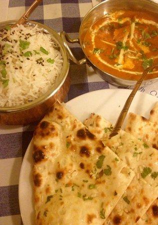 Swagatam Bar-Restaurant Hindu: Naam de ajo y curry