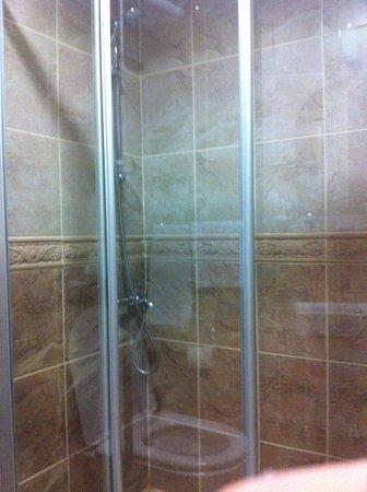 Ottoman Tulip Hotel: Doccia / Shower
