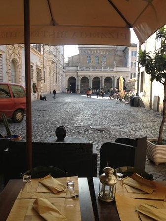 Osteria Romana: ottima vista su piazza Santa maria in Trastevere