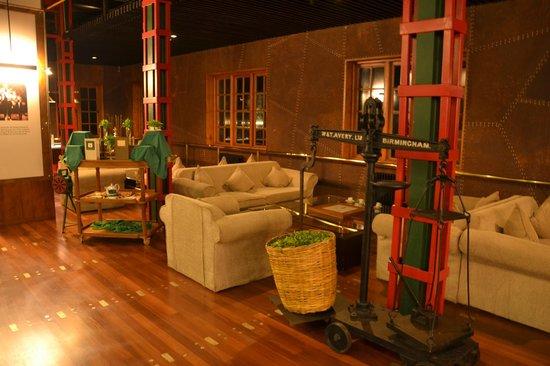 Heritance Tea Factory: Bar