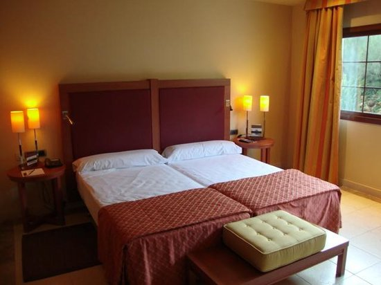 Vincci Hotel Envia Almeria Wellness & Golf: habitación