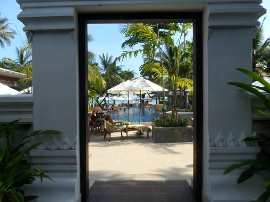 Novotel Samui Resort Chaweng Beach Kandaburi: entry into the pool area