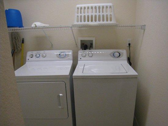 Caribe Cove Resort Orlando: laundry