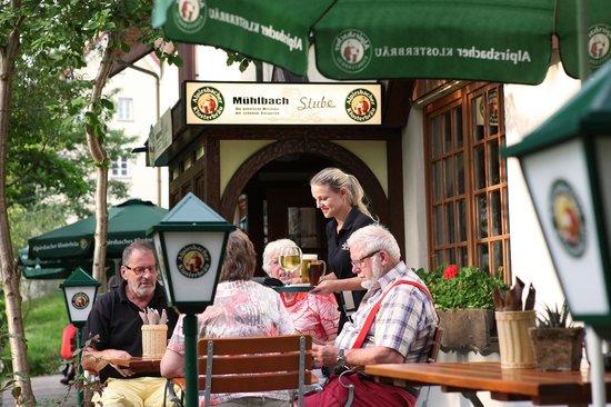 Muhlbach Stube: Biergarten4