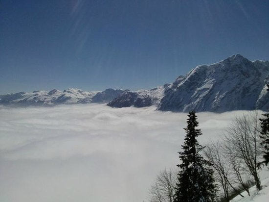 Rossfeld Panoramastrasse : Blick auf das Wolkenmeer in 1600m Höhe