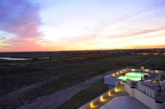 Aransas Princess: Sunset Pool View