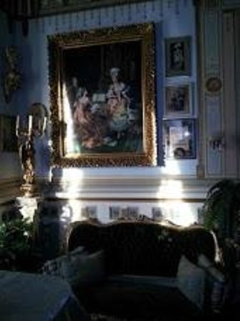 The Frederick Stegmaier Mansion: The Ladies Parlor