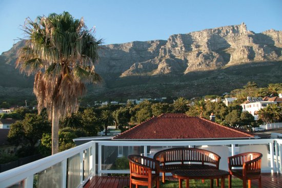 Southern Comfort Guest Lodge: View from the roof terrace