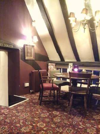 Ye Olde Six Bells - Upstairs view