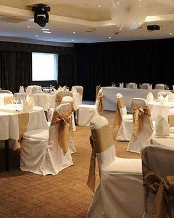 Village Manchester Hyde Hotel: Function Room