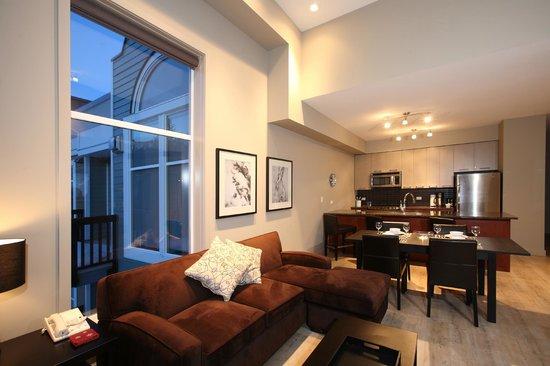 FireLight Lodge: 3 Bedroom Suite