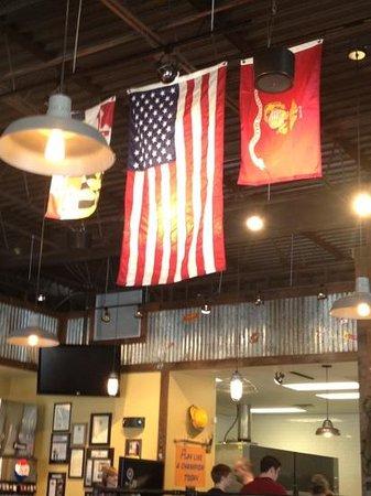 Mission BBQ: patriotic decorations