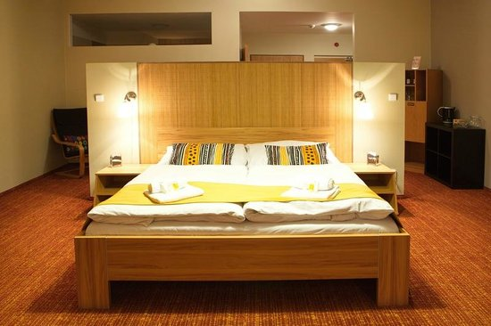 Wellness Orion Hotel: Suite with double bed