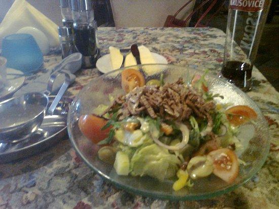 Restauracja Pod Gryfami: Salat