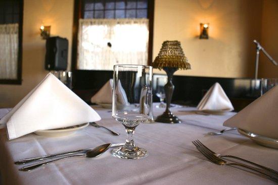 The Higgins Hotel: Dining Room
