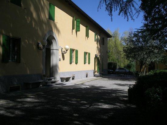 Ca' Vecchia: Hotel entrance