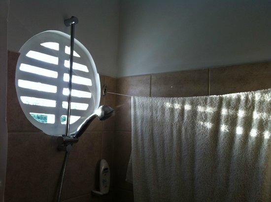 Atlanta Beach Hotel : Frischluft beim Duschen - herrlich!