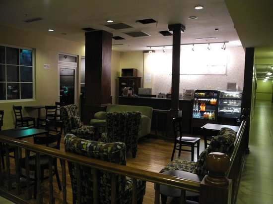 Country Inn & Suites By Carlson, Panama Canal, Panama: Snack Bar
