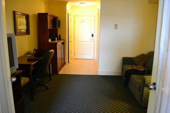 Days Inn & Suites Whitecourt: etnry