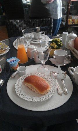 B&B De Baron: Ontbijt met zilver bestek!