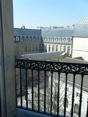 Hotel Americain: view from window