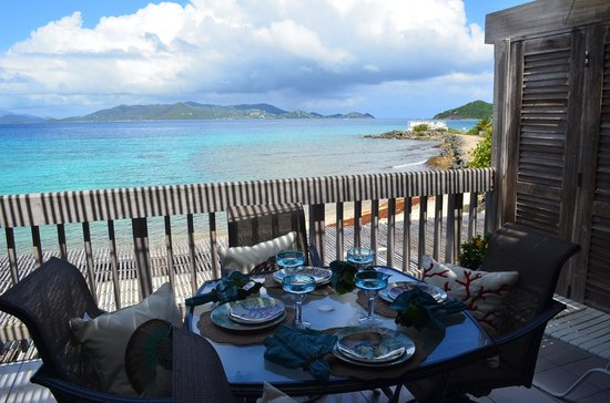 Sapphire Beach Resort: Gorgeous view of St John from patio!