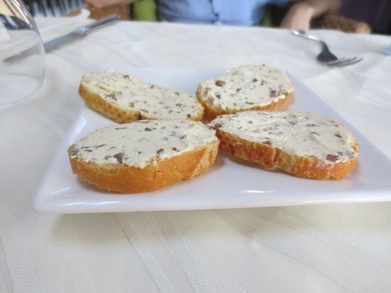 Bistro San Lorenzo - MUNA: Complimentary appetizer