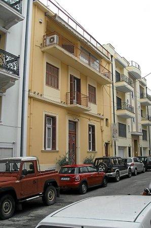 Museum 'Atelier Spyros Vassiliou': The nondescript exterior