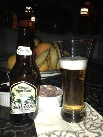 Riad Kheirredine: Casablanca beer in the courtyard after a long day in the square- perfection!
