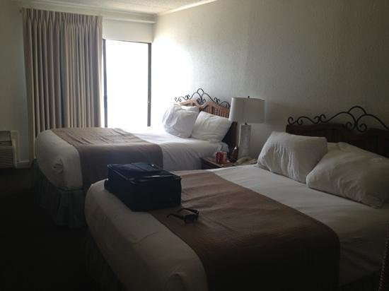 BEST WESTERN on the Beach: room