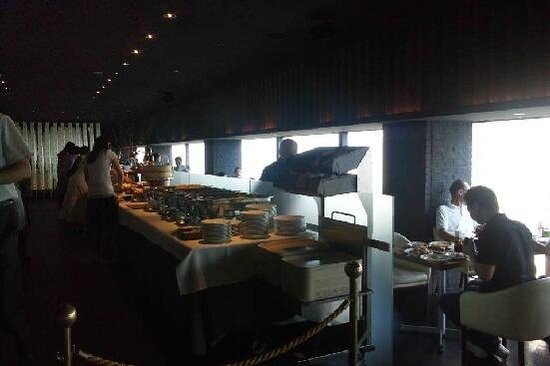 Shinjuku Washington Hotel Main: 朝食バイキング会場バー「マンハッタン」