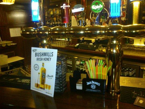 Balmoral Hotel: Bar
