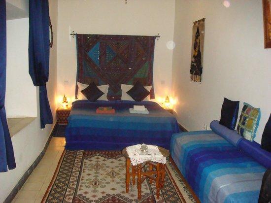 Riad Dar Othmane: The blue room
