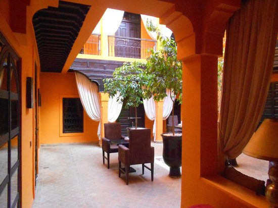 Riad Hermes: patio vu de l'entrée