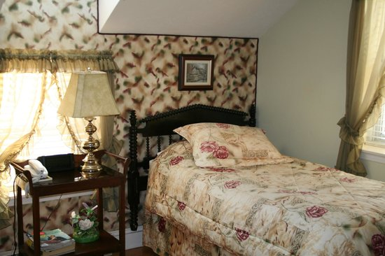 Marshlands Inn: Room with two Single Beds
