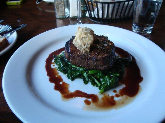 Citizen Public House: Steak