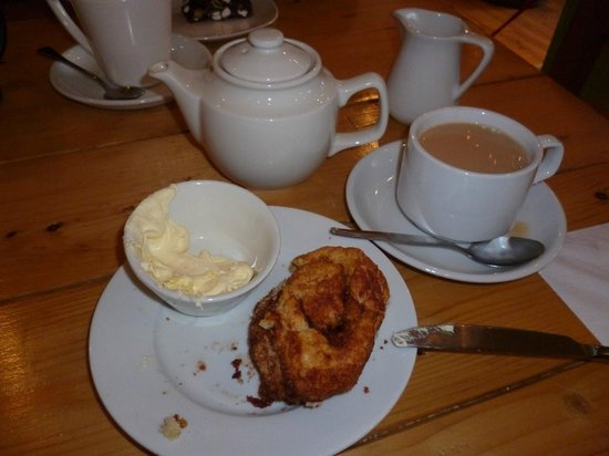 Charlie Friday's: The scone was much larger - I'd started before remembering to take a pic!