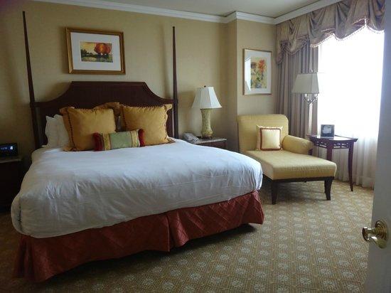 The Ritz-Carlton, Tysons Corner: Bedroom