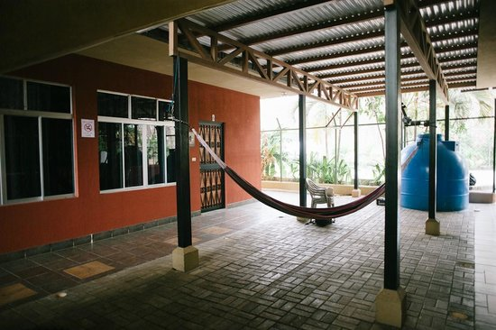TamarindoVille by Tamarindo Inn: relax, take a nap area...