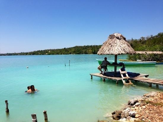 Ecocamping Yaxche: belleza en la laguna de Bacalar