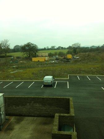 Hampton by Hilton Newport East: Poor View