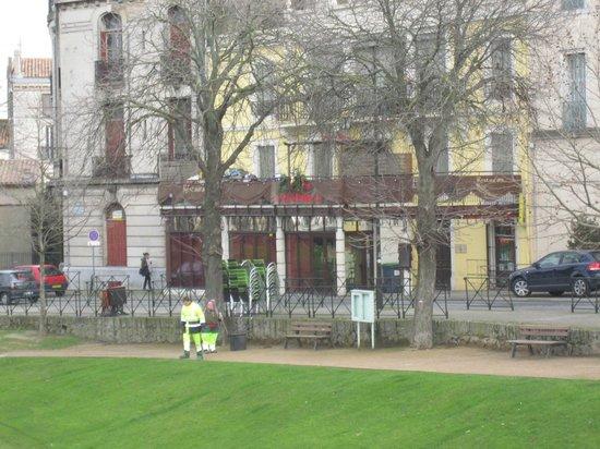 La Grande Bouffe : During the day