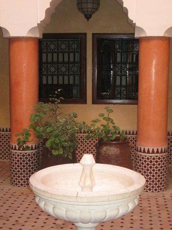 Hotel Cecil Marrakech: Área Interna
