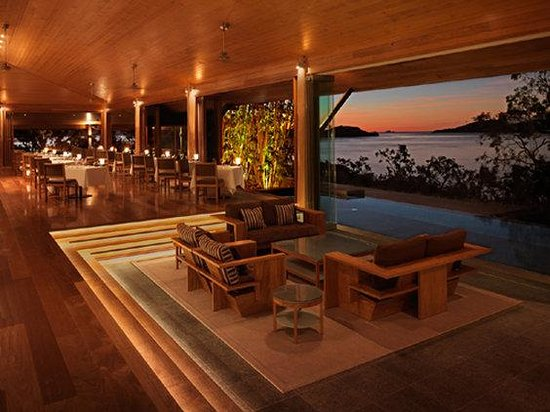 Qualia Resort: qualia Long Pavilion Dining Bar